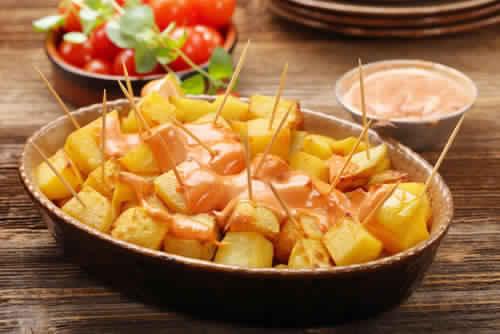 Recette patatas bravas facile: comment préparer la sauce brava?