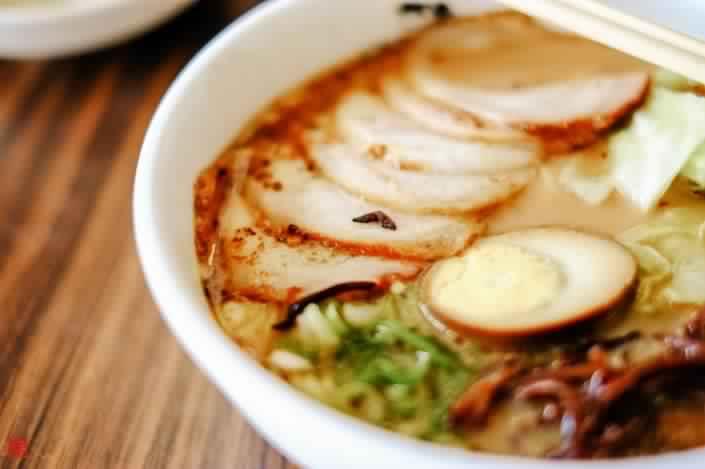 Comment préparer des ramen japonais ?