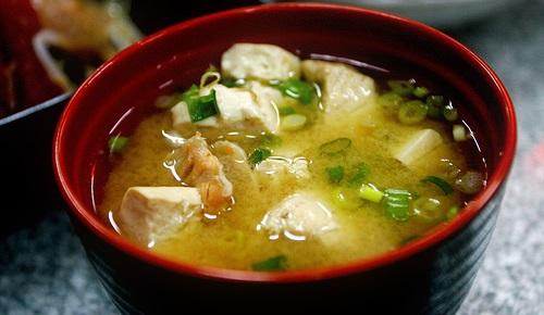 Quelle est la vraie recette de la soupe miso ?