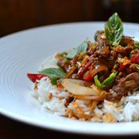 Comment réaliser un boeuf au basilic thai ?