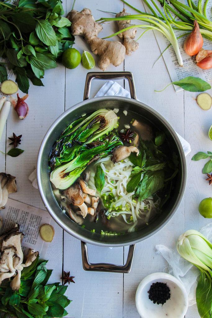 Comment préparer un bouillon thai végétarien ?