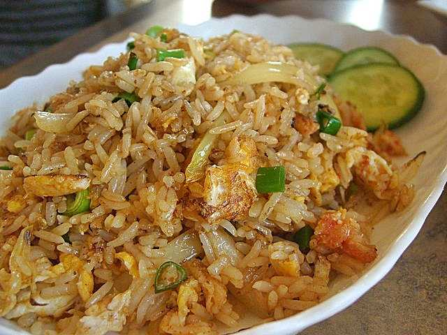 Comment préparer un riz sauté à la thailandaise ?