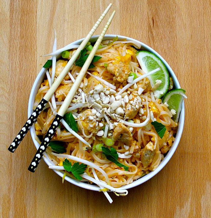 Comment préparer une recette poulet thai: préparation étape par étape.