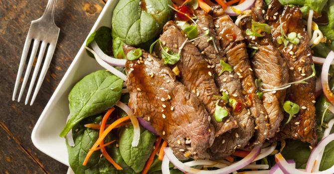 Comment préparer une salade thai au boeuf ?