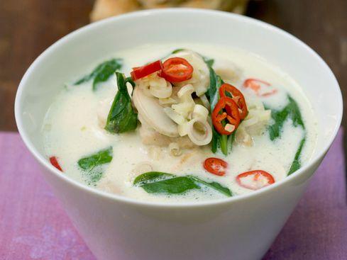 Comment préparer une soupe thailandaise maison ?